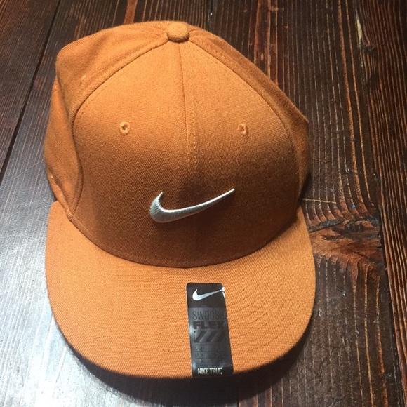 5e049fda03a95 Nike Swoosh Flex fitted hat